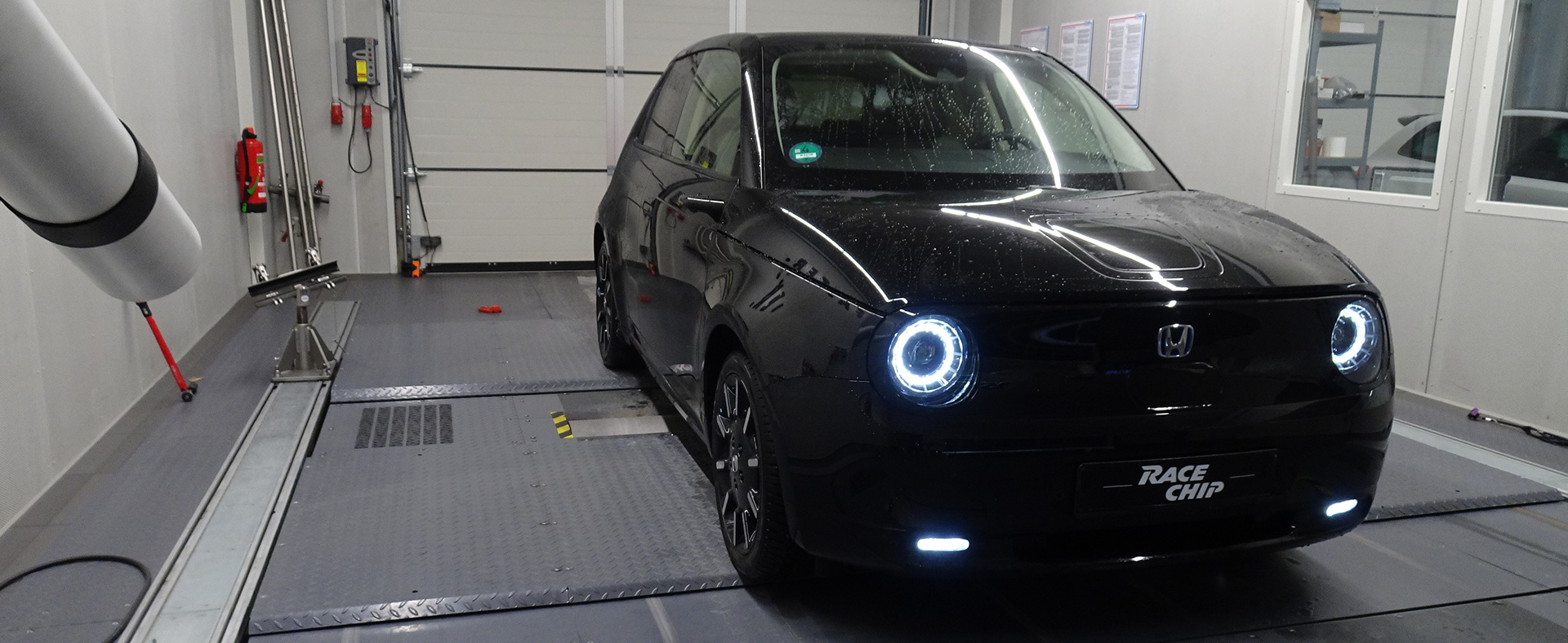 BMW 430i 2021: Test / Drive / Dyno / 100 200